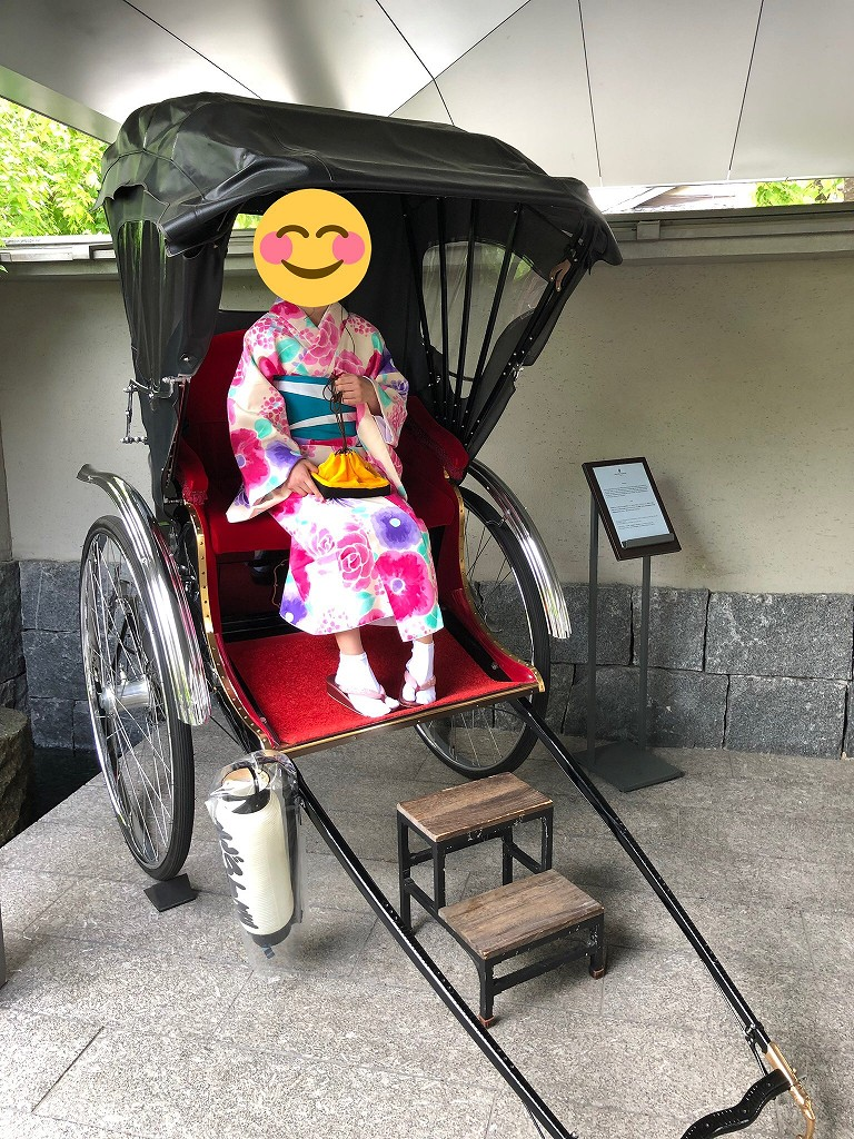 リッツカールトン京都の人力車で写真