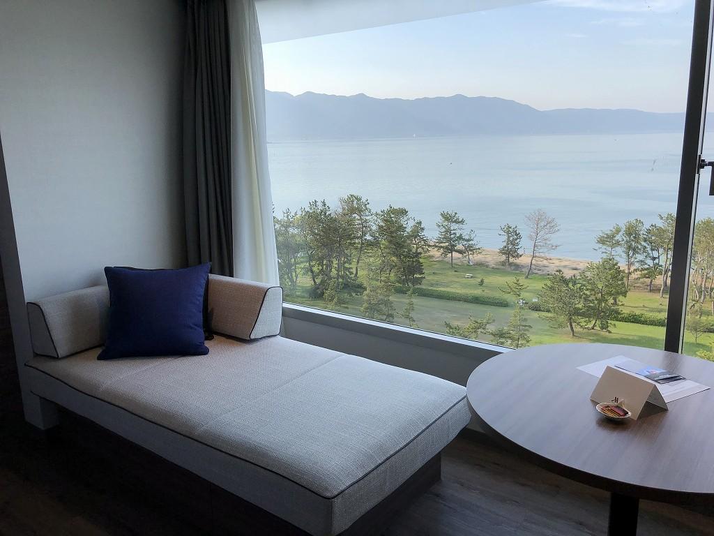 琵琶湖マリオットホテルのデラックスルーム(レイクビュー)3