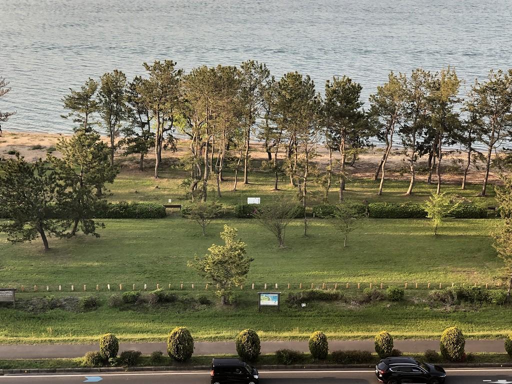 琵琶湖マリオットホテル前のなぎさ公園