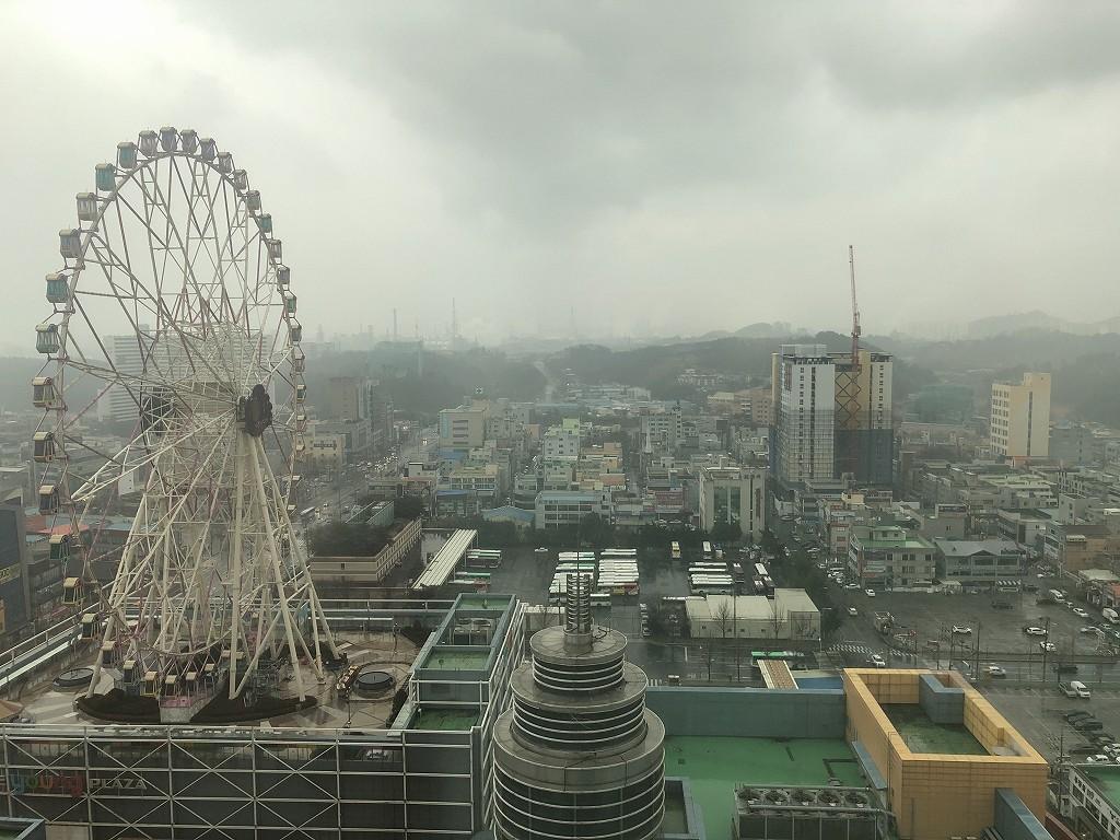 ロッテホテル蔚山から雨の市内