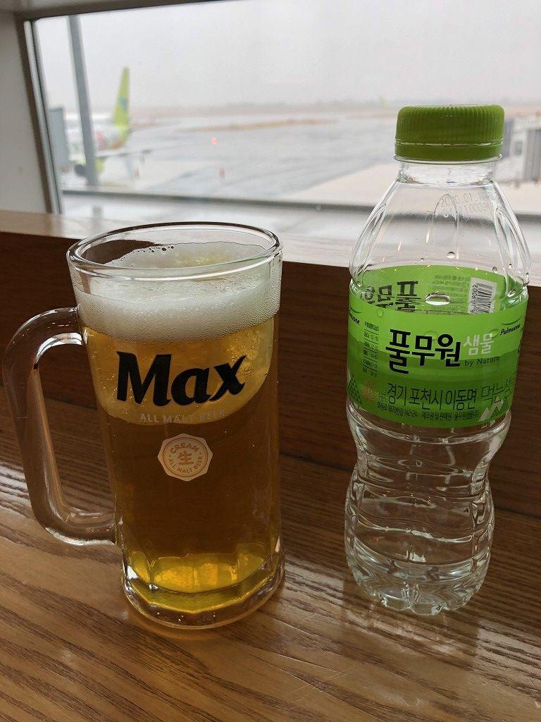 金海空港のSKY HUB LOUNGEのレモンビール