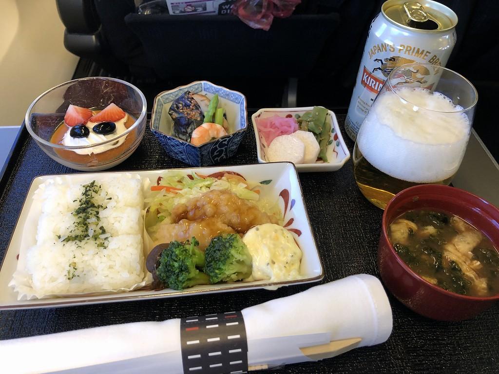 JAL958便のビジネスクラスの機内食