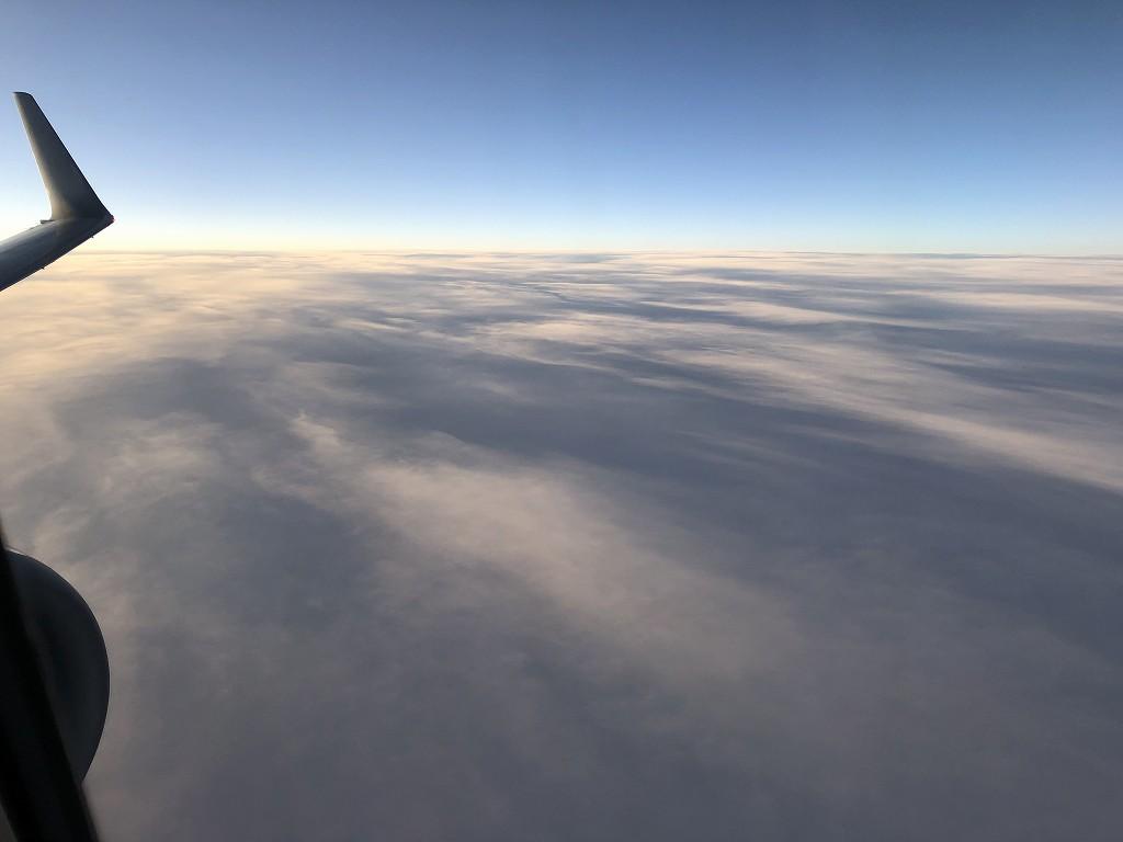 JAL958便のビジネスクラスからの機窓風景1