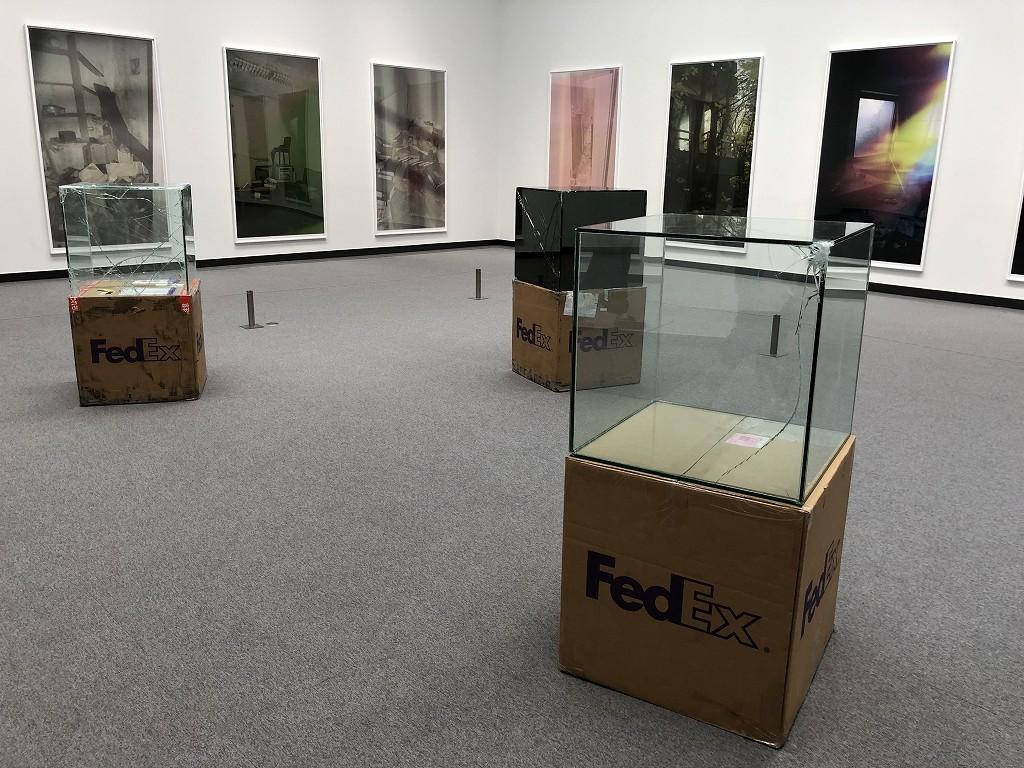 あいちトリエンナーレのワリード・ベシュティ「FedEx」