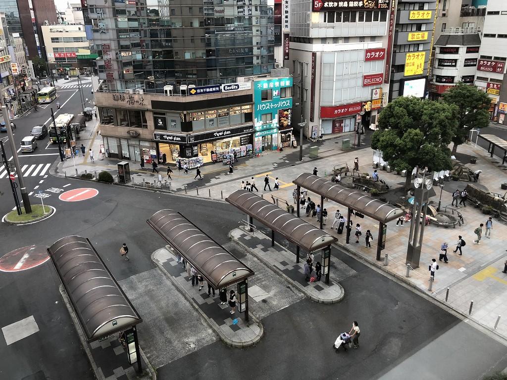 JR東日本ホテルメッツ赤羽のシングルルームから東口駅前1