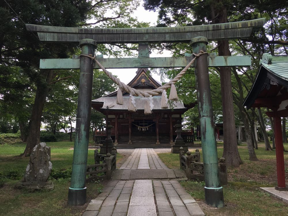 日吉八幡神社の二の鳥居