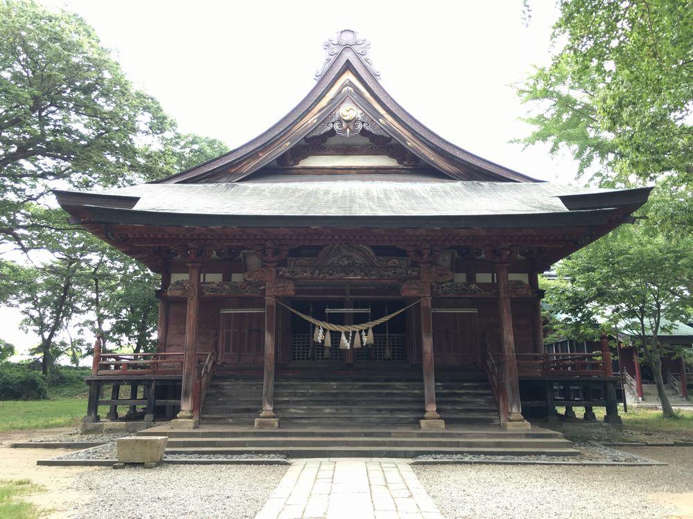 日吉八幡神社の拝殿