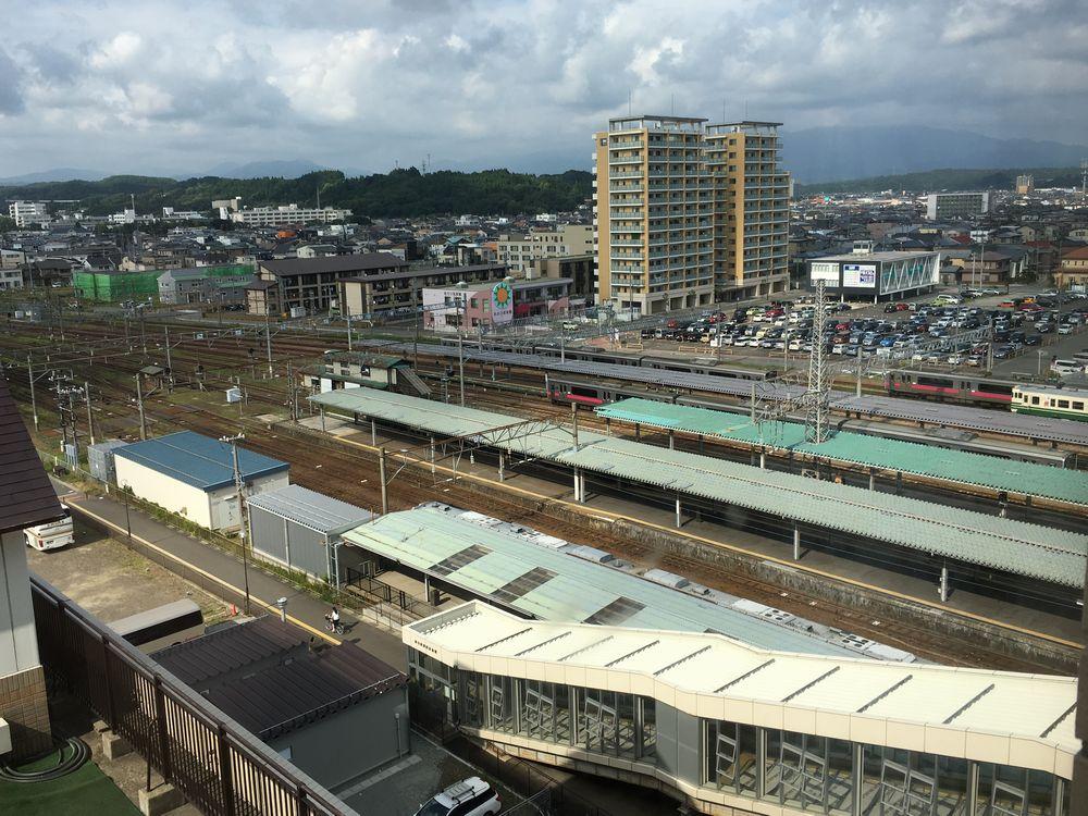 ホテルメトロポリタン秋田から秋田駅東口方面