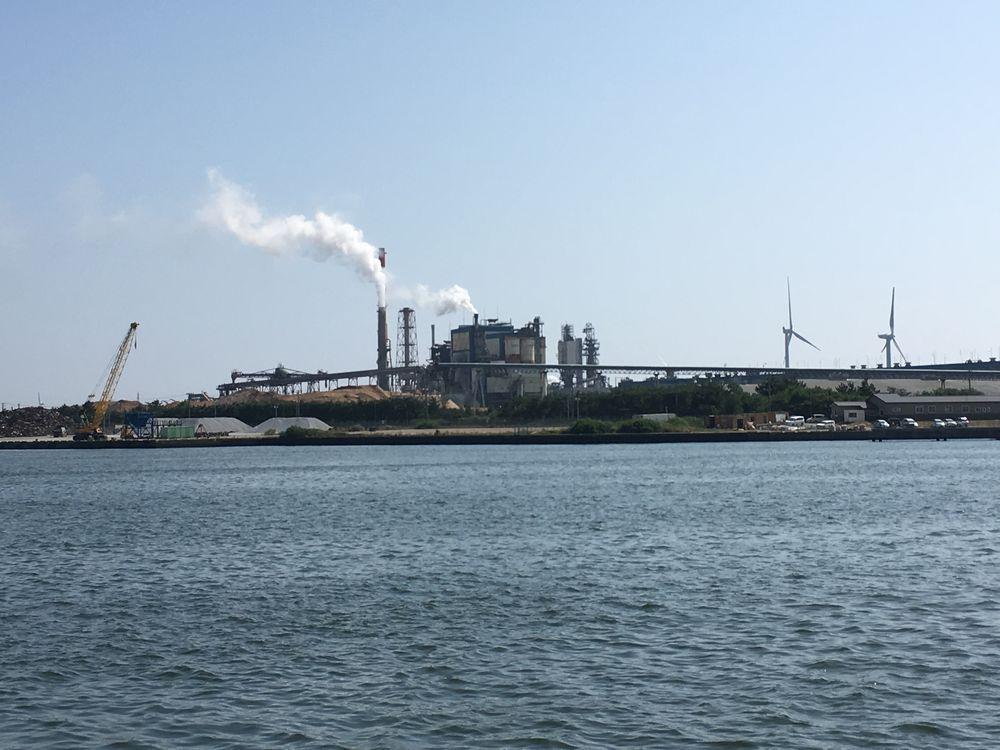 日本製紙の秋田工場