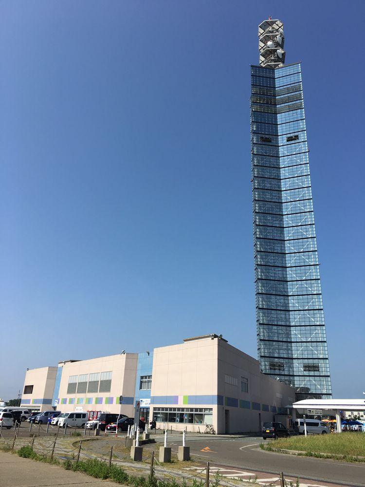 秋田のポートタワー・セリオン