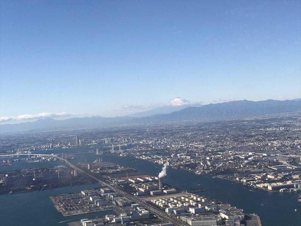東京上空からの富士山