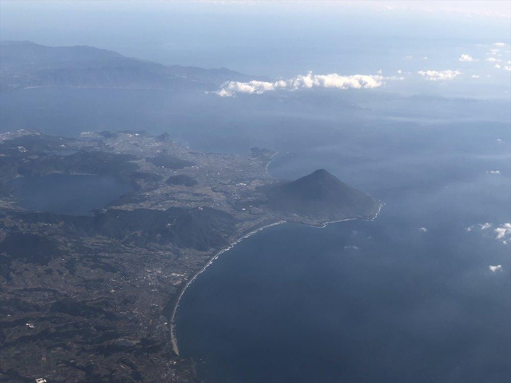 飛行機から見た開聞岳