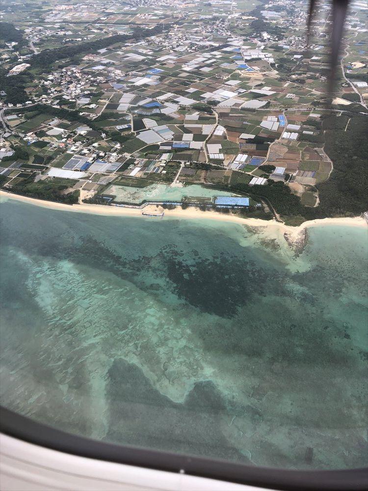 RAC854から見た糸満のビーチ