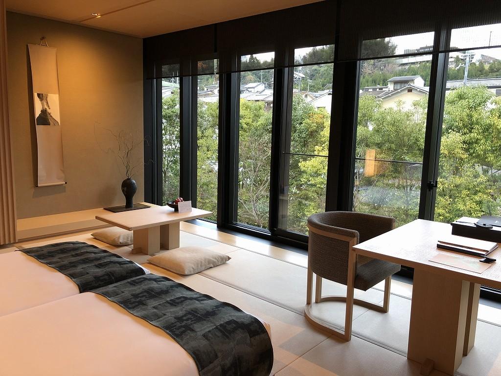 アマン京都の「芒」棟のリビング2