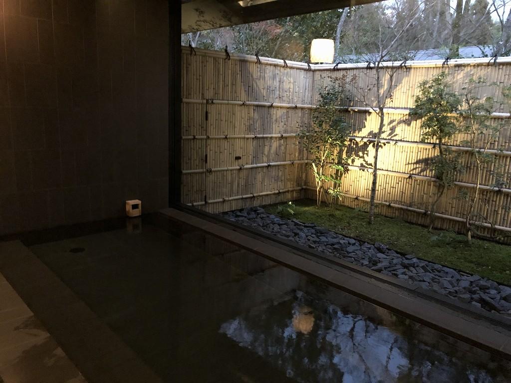 アマン京都のアマンスパの内風呂2