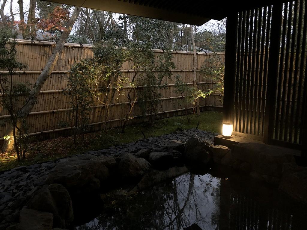 アマン京都のアマンスパの露天風呂1