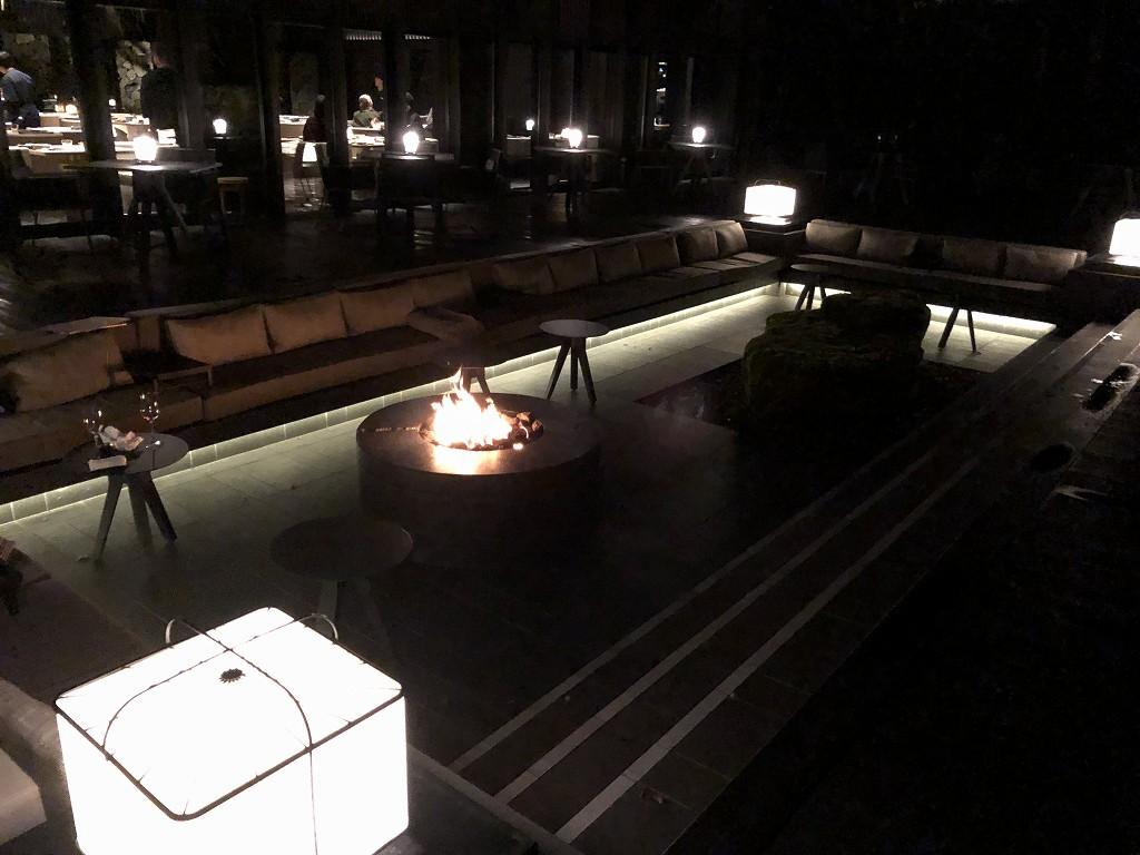 アマン京都のザ・リビング パビリオン by アマンの焚き火