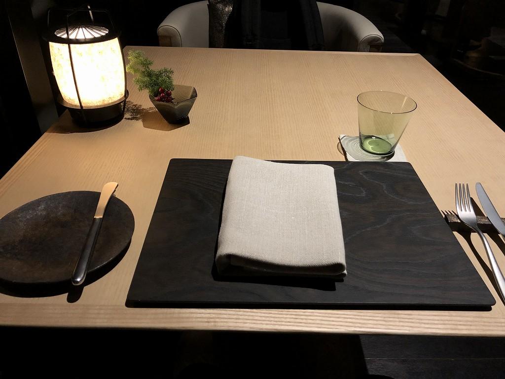 アマン京都のザ・リビング パビリオン by アマンのテーブルセッティング