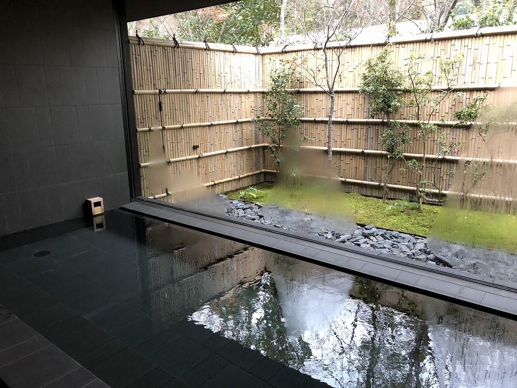 アマン京都のアマンスパ(朝)の内風呂1