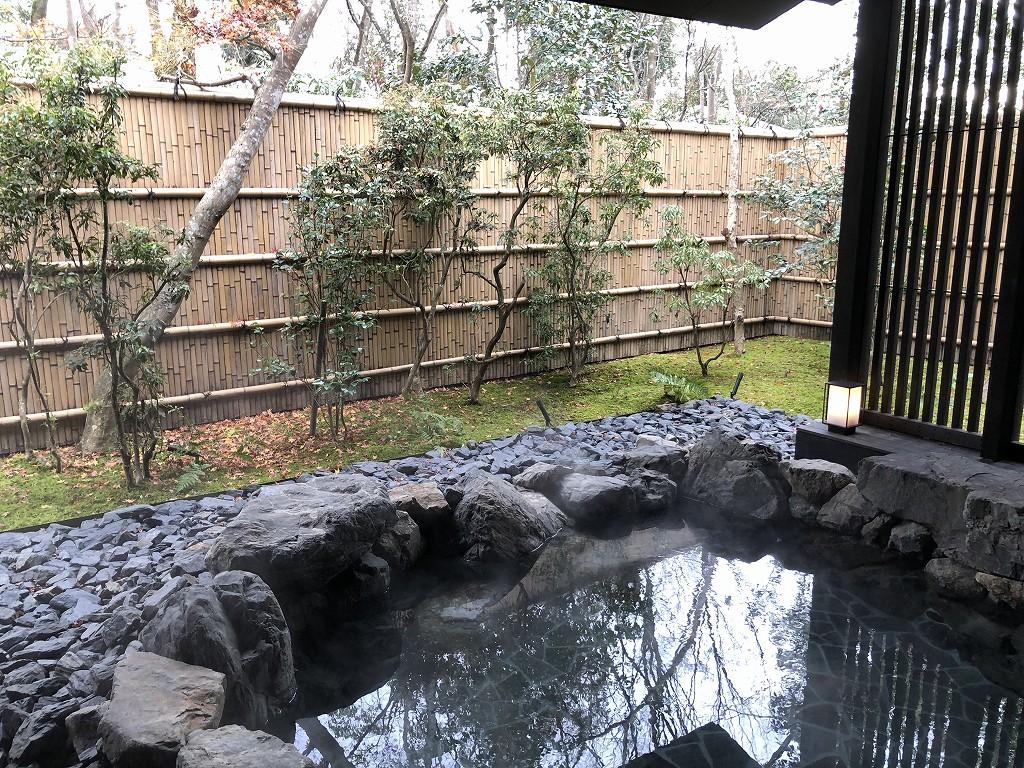 アマン京都のアマンスパ(朝)の露天風呂1