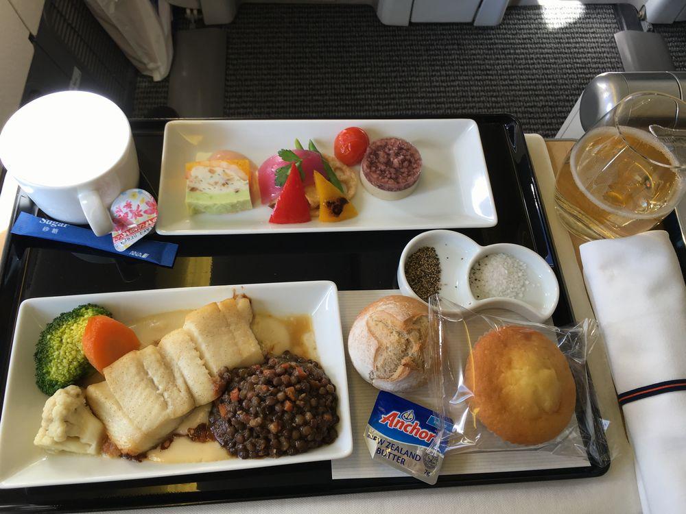 ANA861便(羽田-ソウル金浦)ビジネスクラスの機内食(開封後)