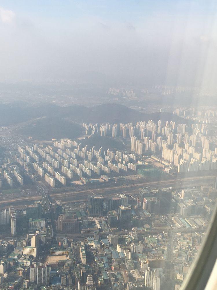 ソウルの衿川区上空2