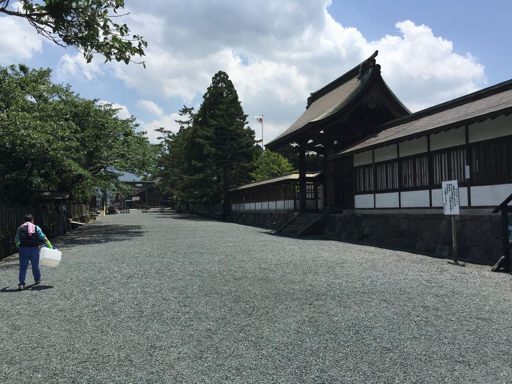 阿蘇神社横参道画像