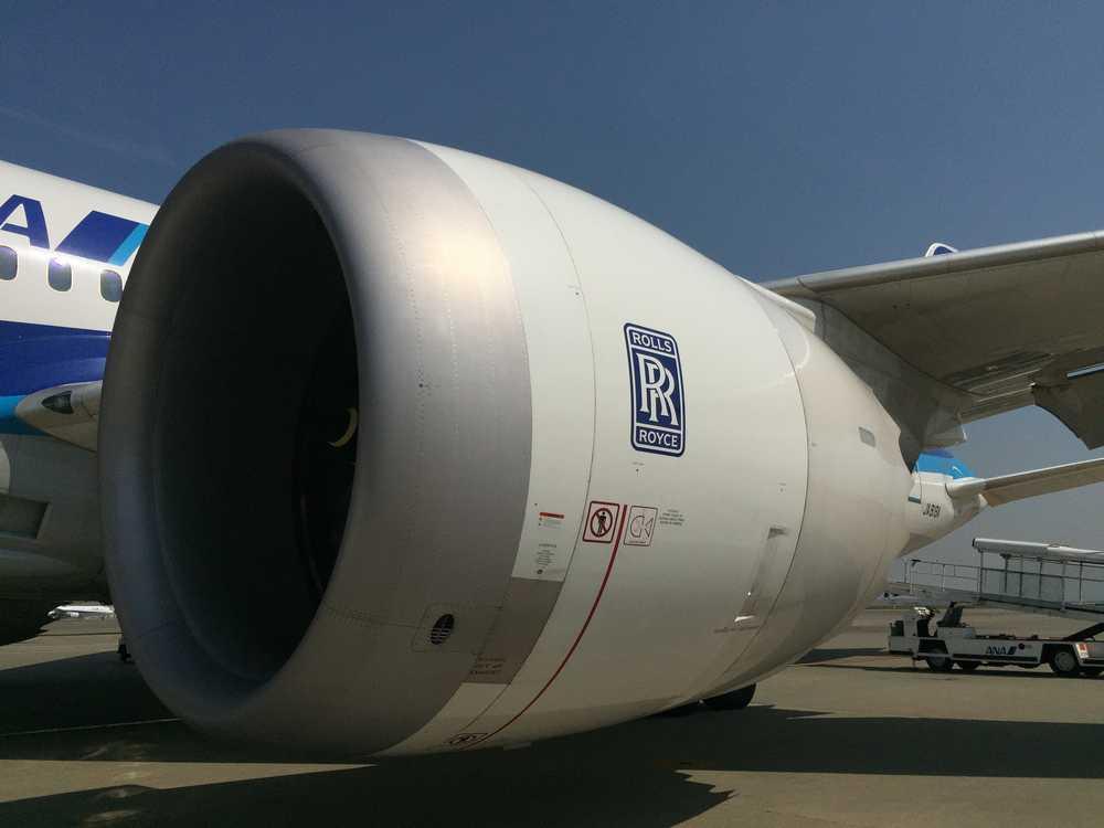 ボーイング787のエンジン画像