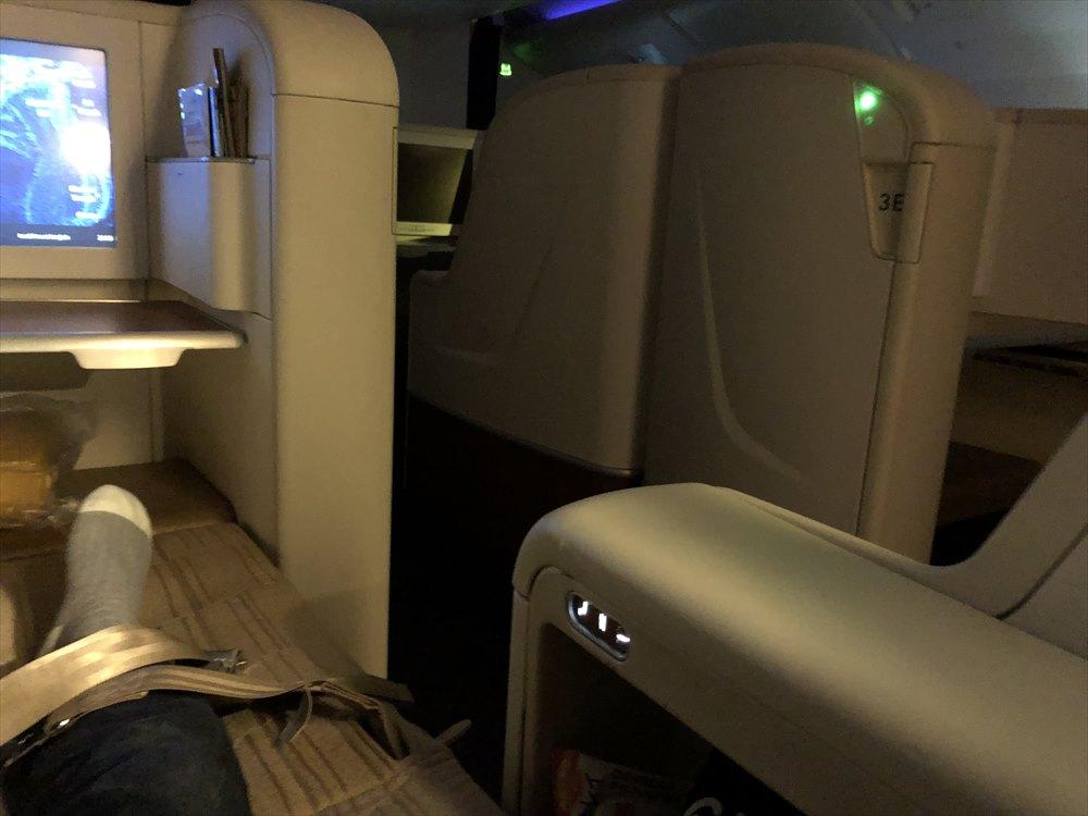 タイ国際航空(TG)A380のファーストクラスのフルフラットベッド2