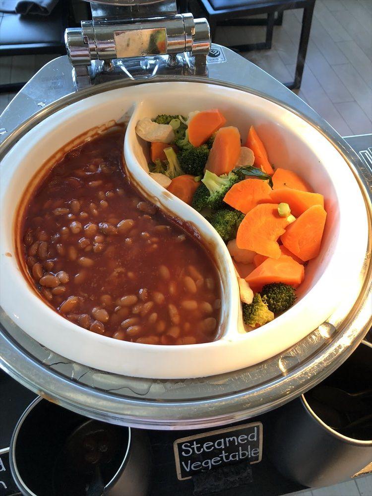 バンコクマリオットホテルスクンビットの蒸し野菜