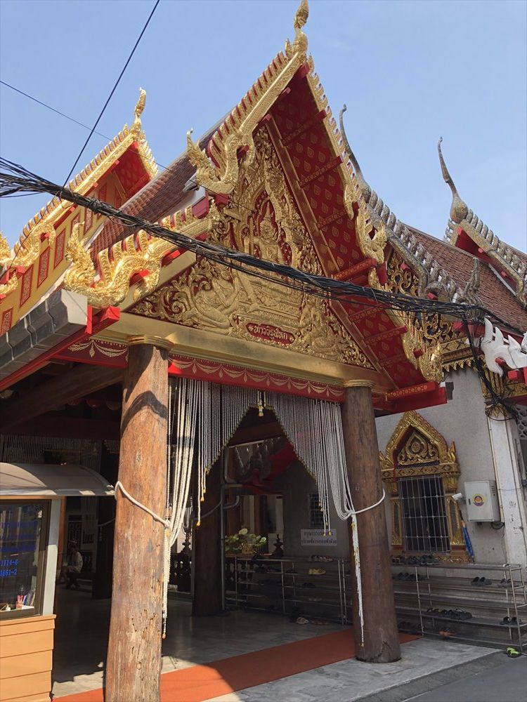 ワットパクナムの仏堂