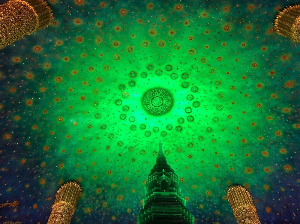 ワットパクナム仏塔の5階の仏塔4