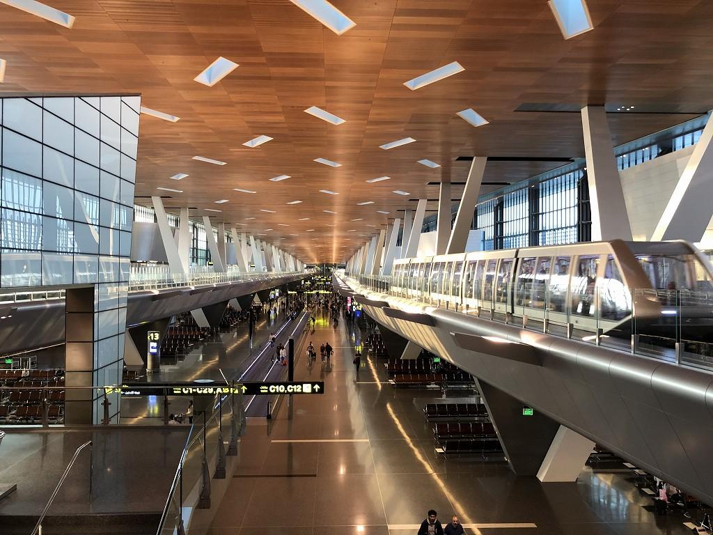 ドーハ・ハマド国際空港のシャトル乗り場2