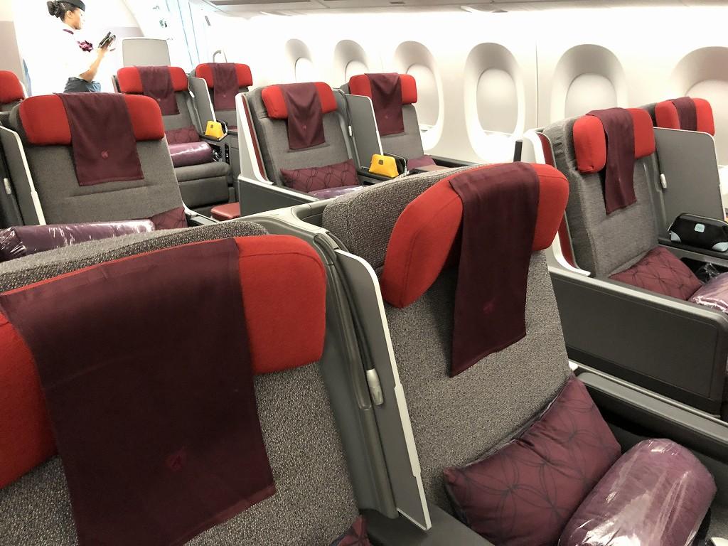 カタール航空のQR145便ビジネスクラス(A350-900機材)の座席5