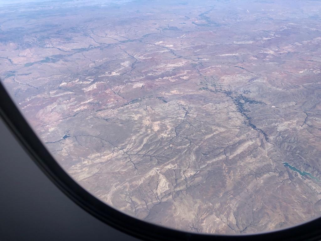 カタール航空のQR145便ビジネスクラス(A350-900機材)からのトルコ領内2