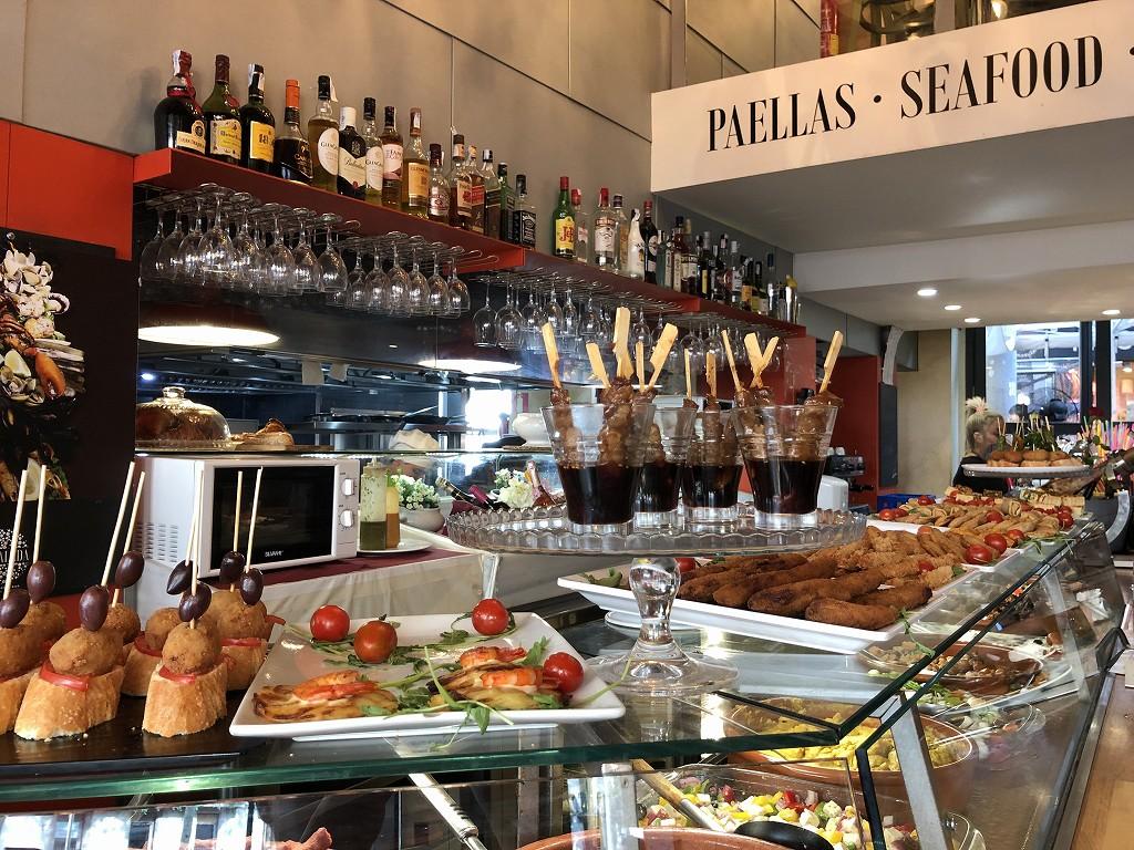 バルセロナのタパスの店1