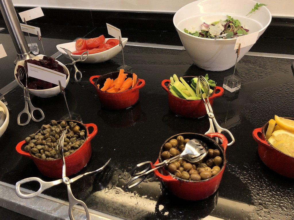 ル・メリディアン バルセロナの朝食会場の「CENTONZE」の野菜