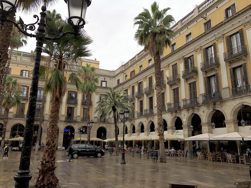 バルセロナのレイアール広場