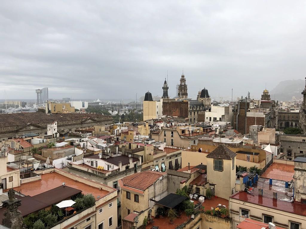 サンタ・マリア・ダル・マル教会からバルセロナの眺め2