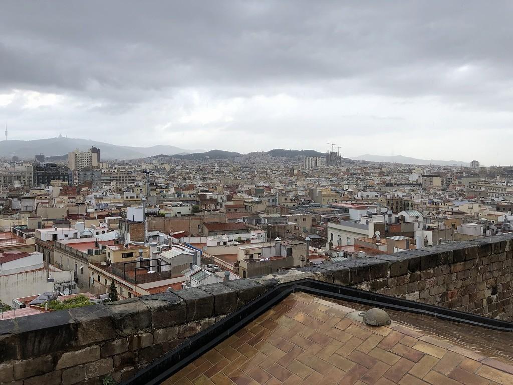 サンタ・マリア・ダル・マル教会からバルセロナの眺め3