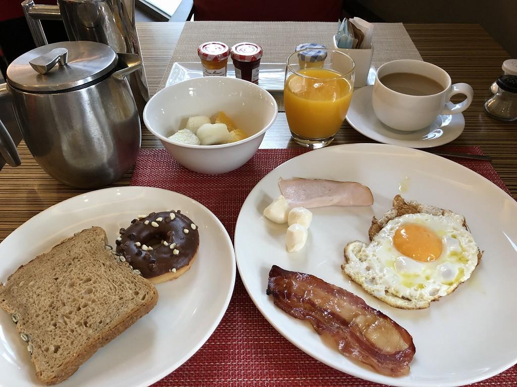 ル・メリディアン バルセロナの朝食(目玉焼き)