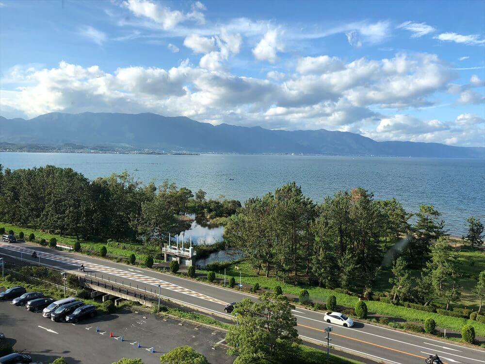 琵琶湖マリオットホテルのデラックスルームからの眺め