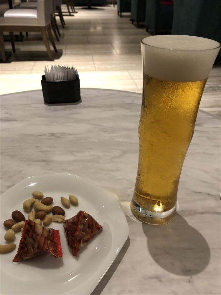 琵琶湖マリオットホテルのラウンジでブラウマイスター3