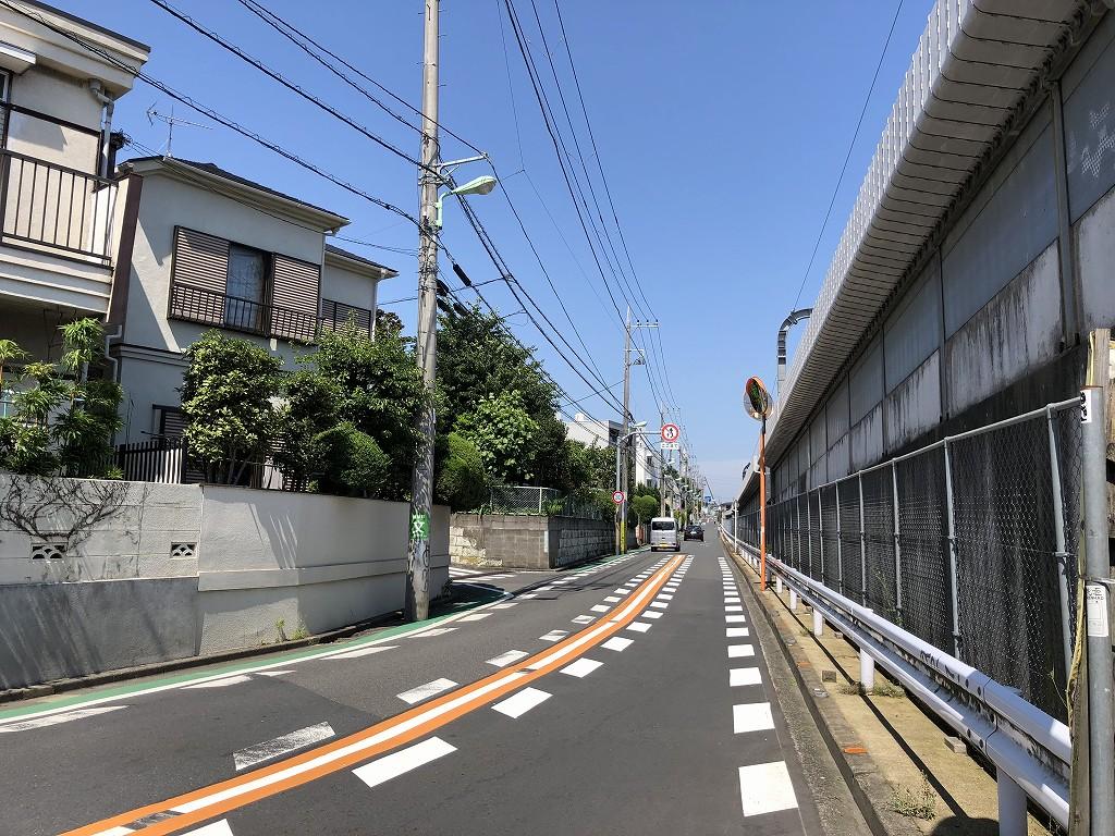 世田谷代田に向けての高架沿い