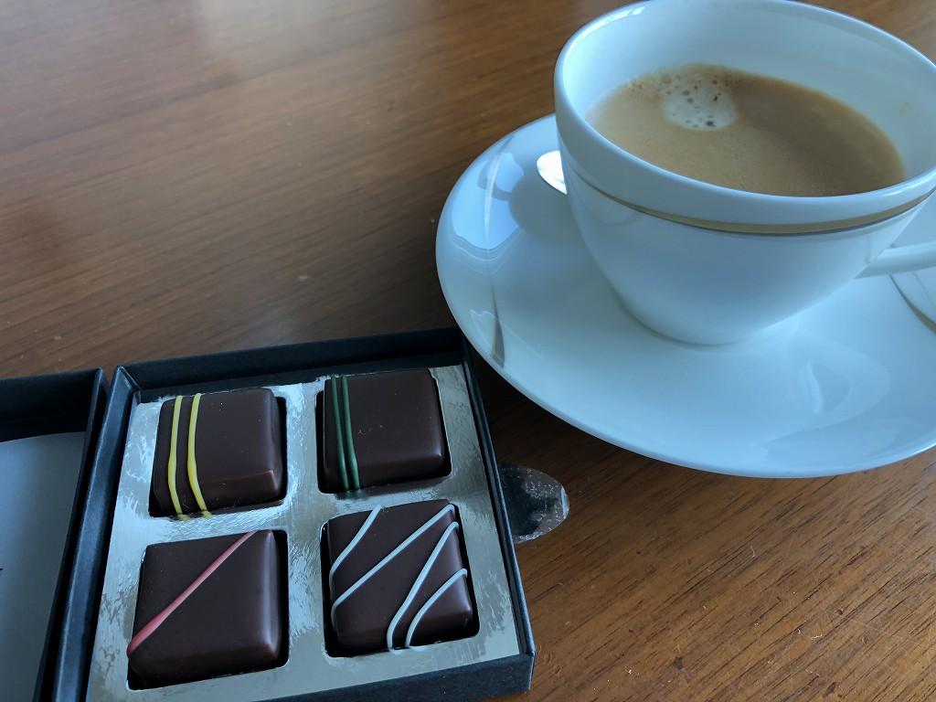コンラッド東京のコーヒーとボンボンショコラ