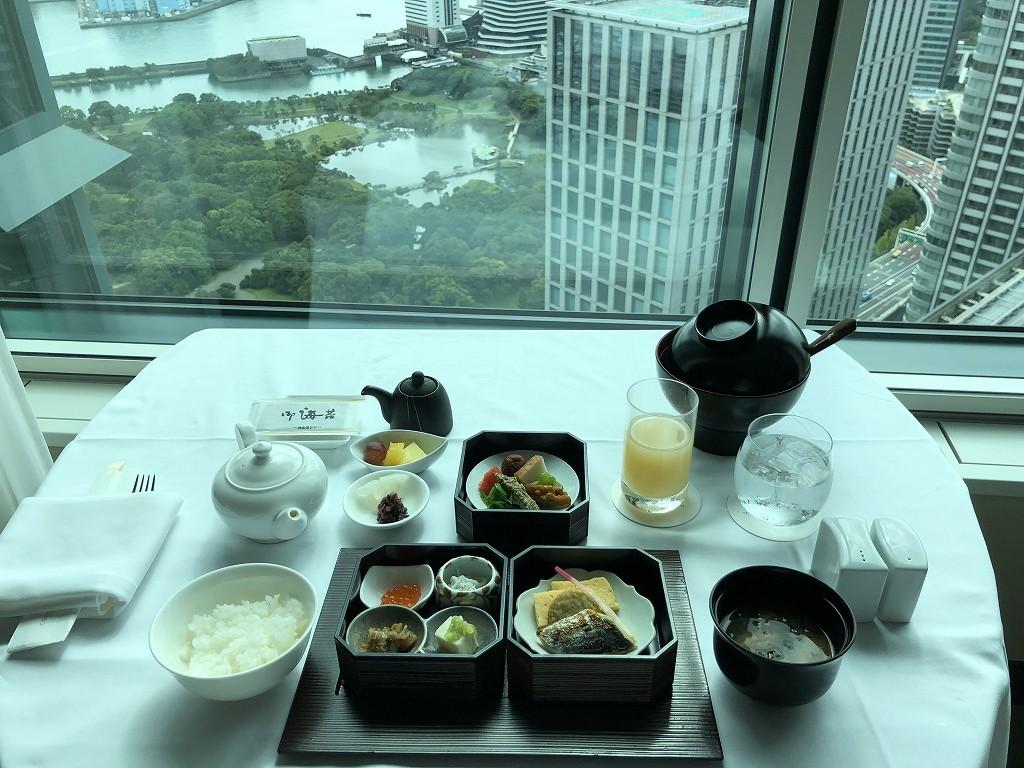 コンラッド東京のインルームダイニングの和朝食2