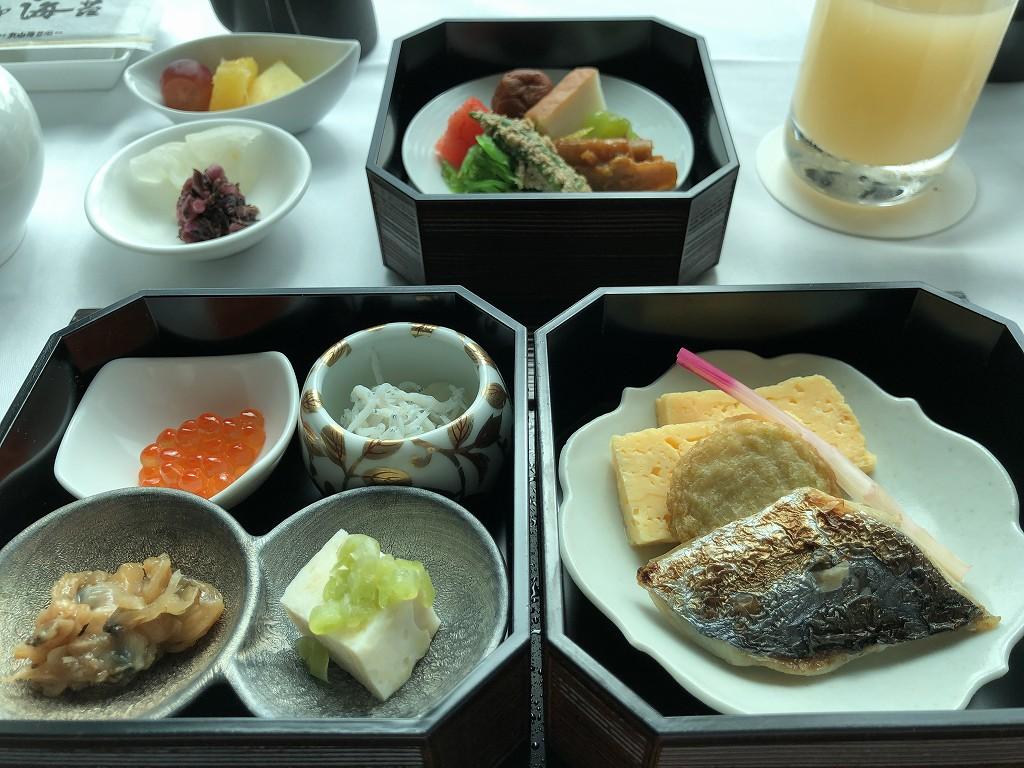 コンラッド東京のインルームダイニングの和朝食3