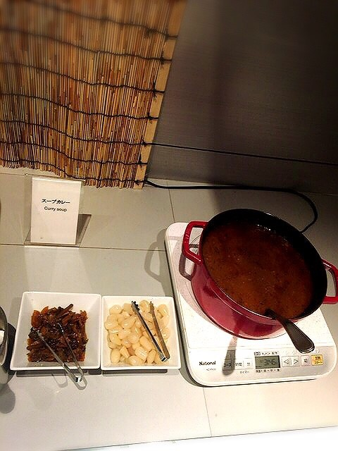 コートヤード・マリオット銀座東武ホテルのランチブッフェのスープカレー