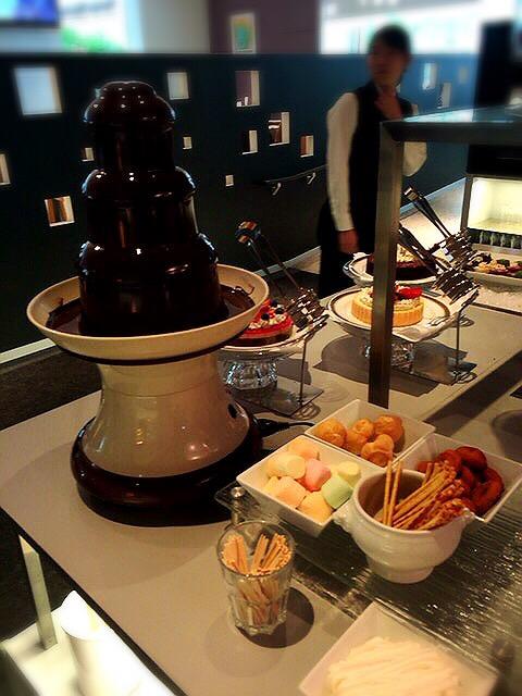 コートヤード・マリオット銀座東武ホテルのランチブッフェのチョコフォンデュ