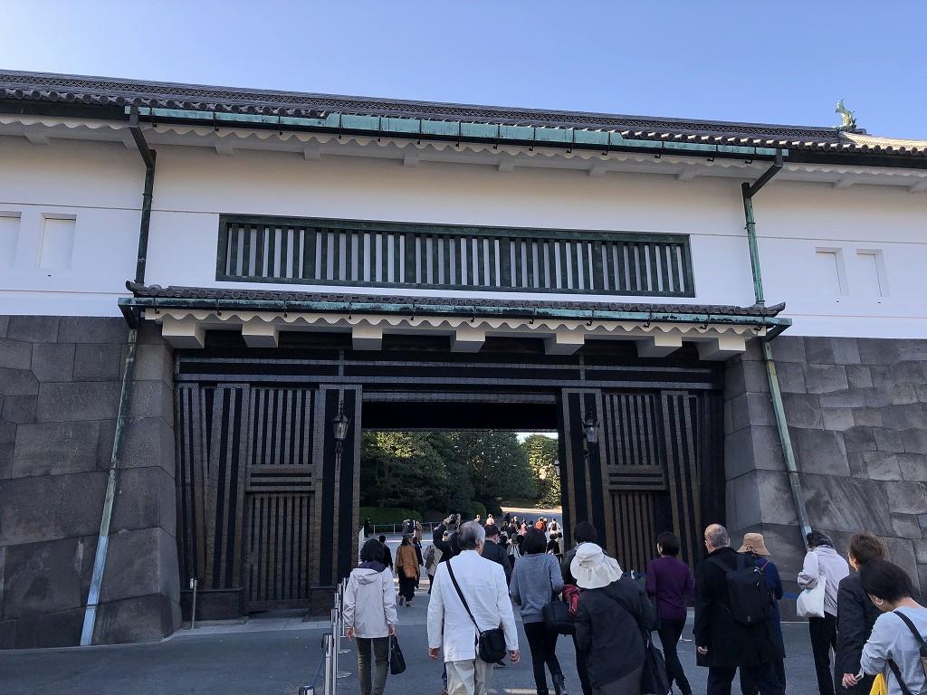 大嘗宮の坂下門